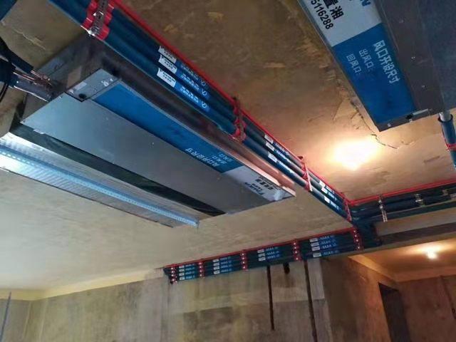 大金中央空调室内机管道安装